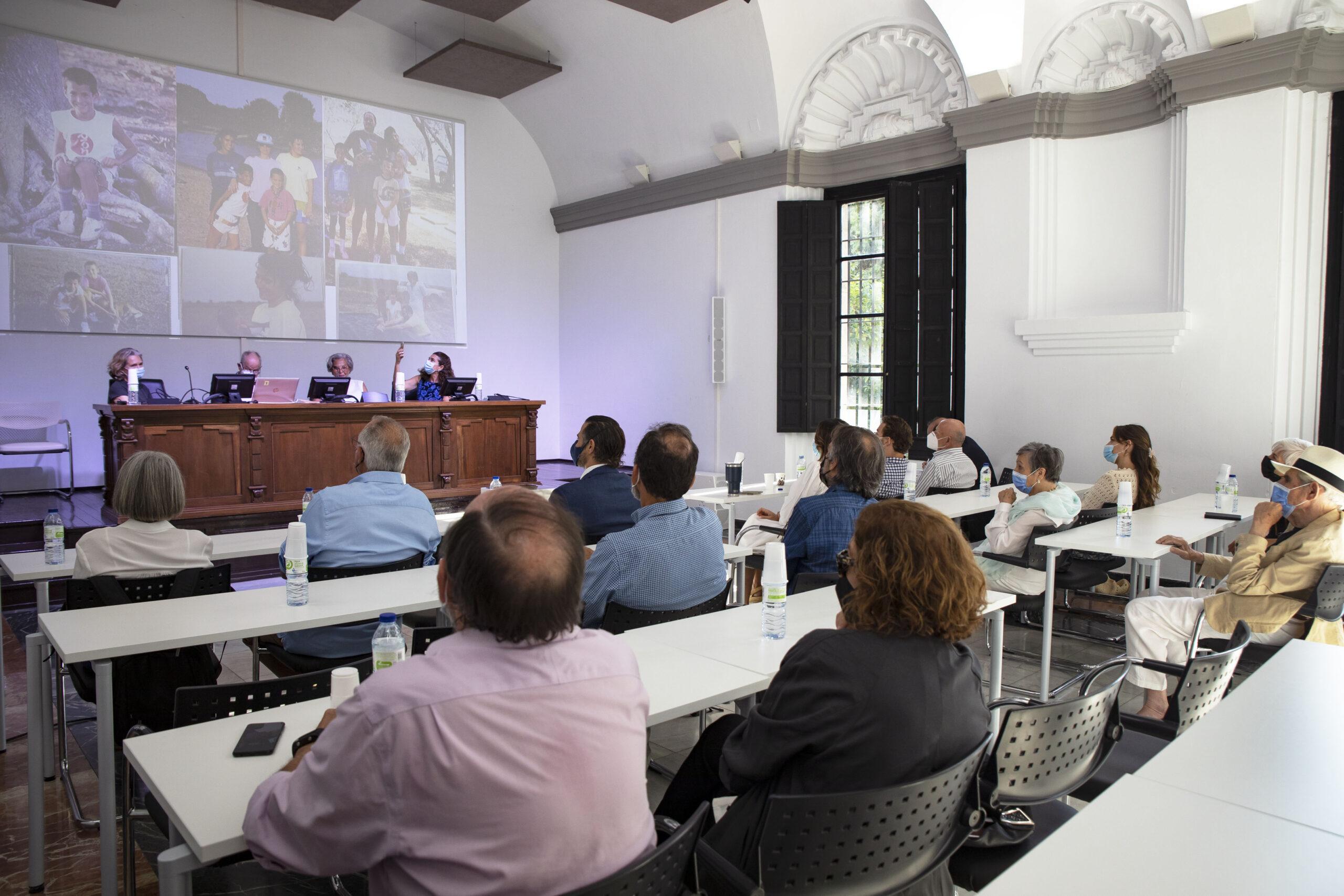HATO EL FRIO – REENCUENTRO DE INVESTIGADORES Y ESPECIALISTAS en la Casa de la Ciencia en Sevilla.